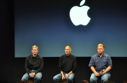 apple-laptop-event-099.jpg