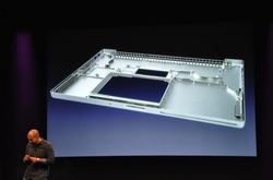 apple-laptop-event-020.jpg