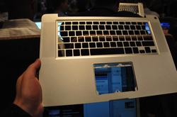apple-laptop-event-045.jpg