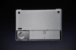apple-laptop-event-055.jpg